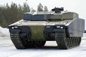 CV90 Armadillo med gummibælter