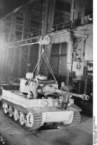 Produktionslinjen - Tiger 1. Foto: Bundesarchiv