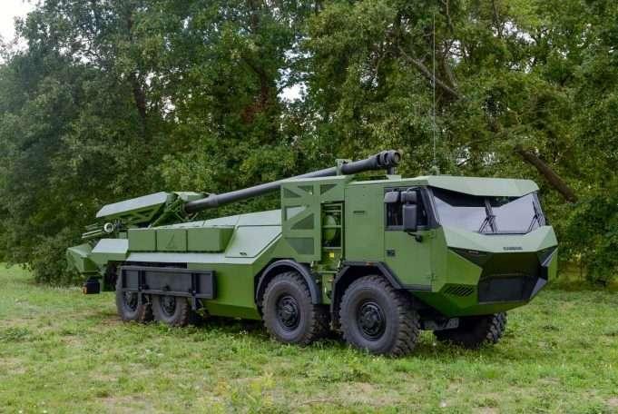 CAESAR 8x8 Tatra fra Nexter Systems (Frankrig)