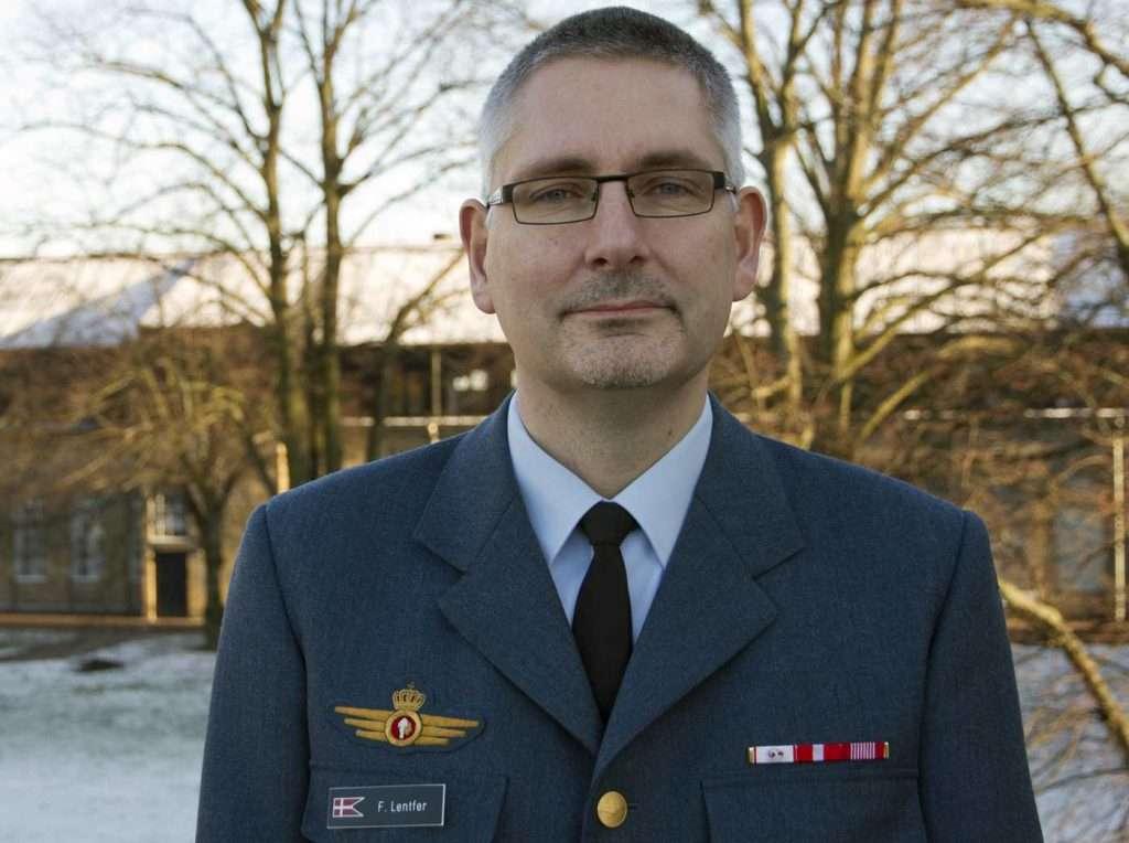 Flemming Lentfer udnævnes til generalløjtnant og tiltræder som direktør for Forsvarsministeriets Materiel- og Indkøbsstyrelse fra den 1. juli 2017. Flemming Lentfer er 52 år og er pt. chef for Operationsstaben i Værnsfælles Forsvarskommando.