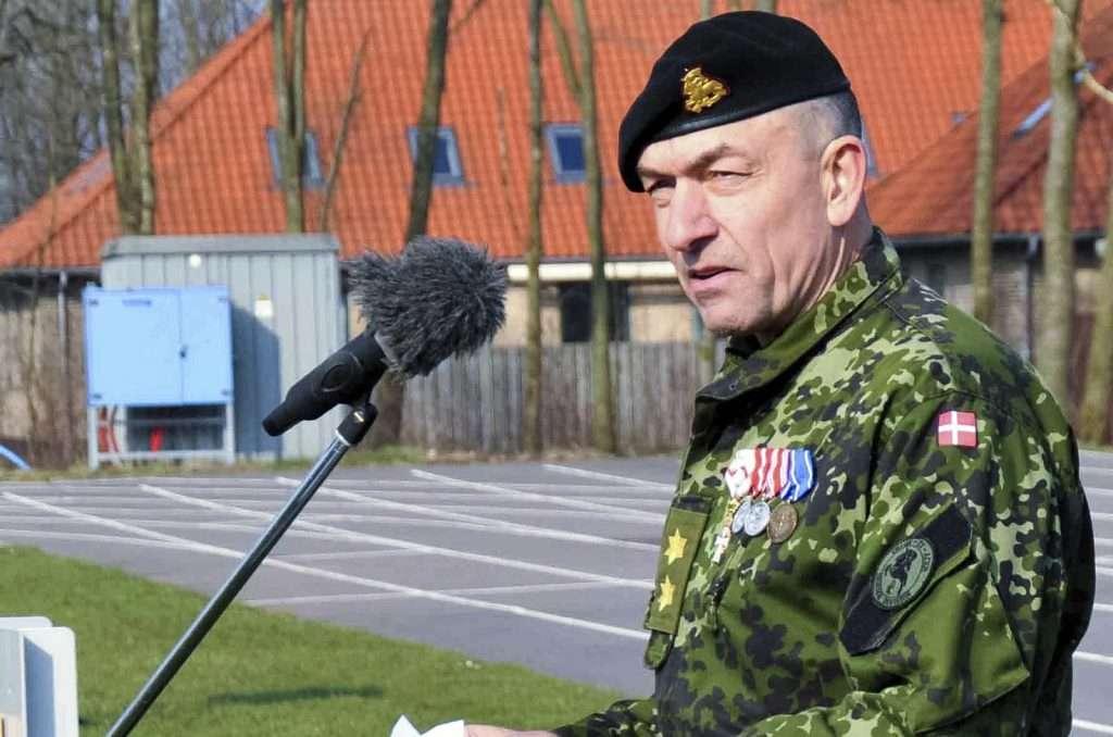 Generalmajor Michael A. Lollesgaard tiltræder som Danmarks Militære Repræsentant ved NATO og EU den 1. marts 2017 og tillægges grad af generalløjtnant. Michael Lollesgaard er 56 år og kommer fra en stilling som styrkechef i FN's mission i Mali.